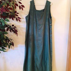 Minimal maxi dress w/wooden buttons